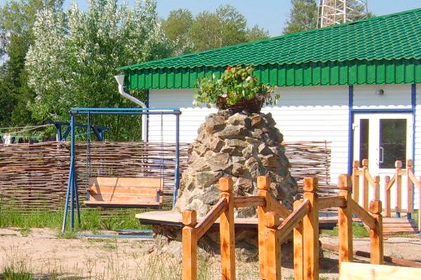 Двор в лемпинском наркологическом реабилитационном центре