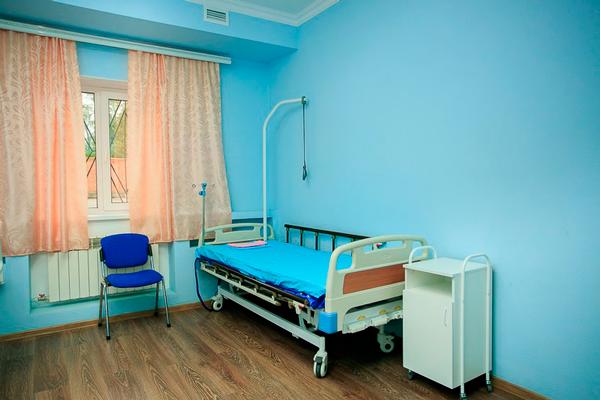 Палата для больных Мурманского областного наркологического диспансера