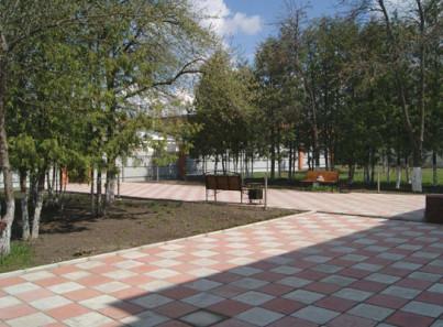 Двор в наркологической клинике «Чистый путь» (Курск)