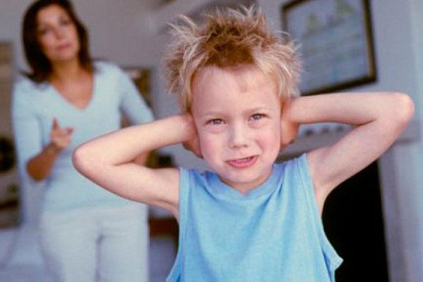 Недопонимание родителей и ребенка приводит к созависимости