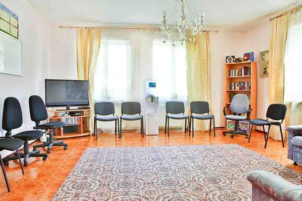 Зал для занятий с постояльцами в реабилитационном центре «Добро» Львов