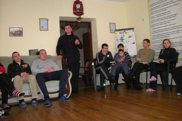 Занятия с постояльцами в реабилитационном центре «Мост» Харьков