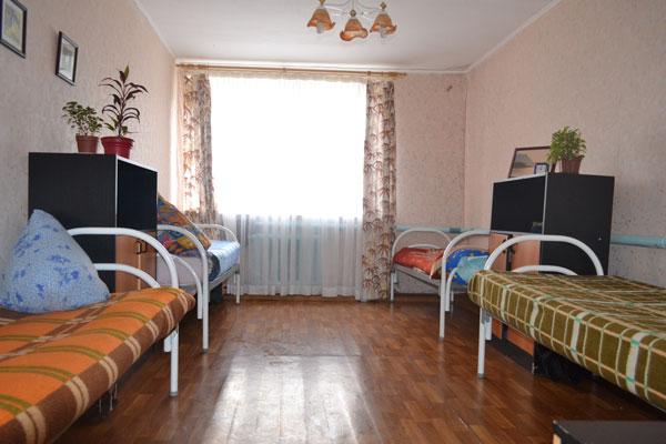 Спальня в реабилитационном центре «Вектор» в Челябинске