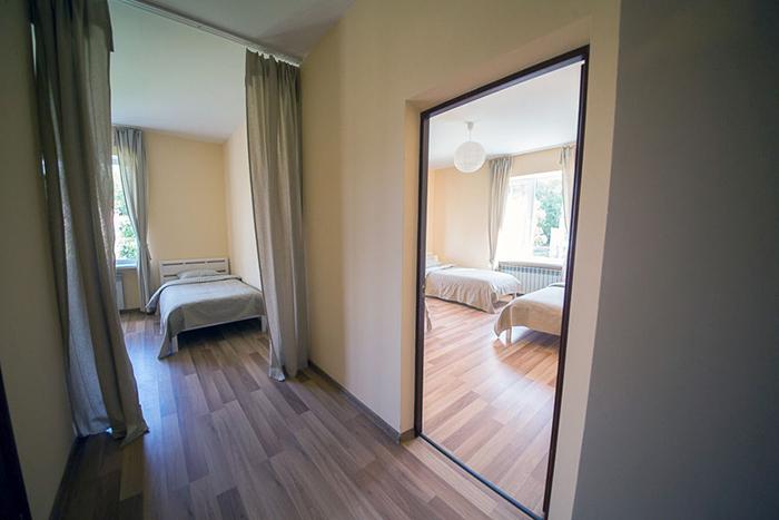 3-х местные комнаты для отдыха и сна в центре Мечта