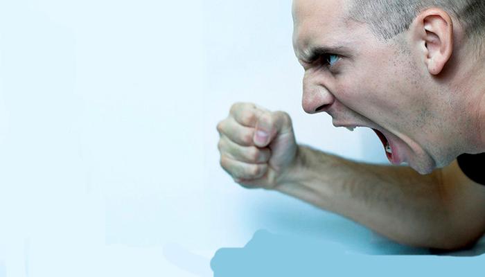 Агрессивный всплеск при алкогольной шизофрении