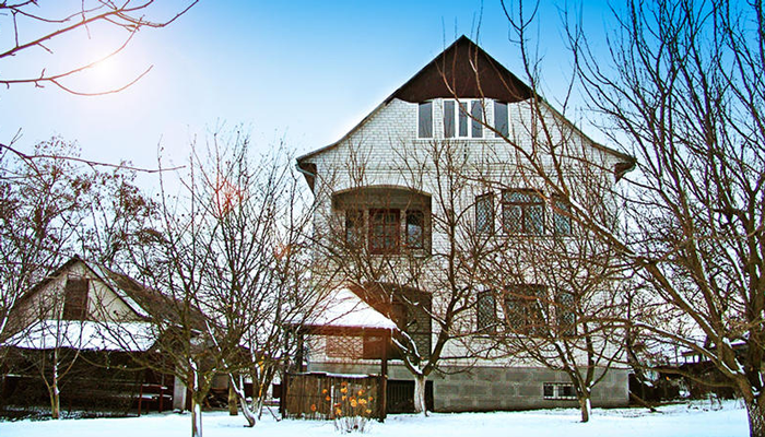 Здание реабилитационного наркологического центра «Нарконон» (Киев)