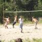 Игра постояльцев в волейбол в реабилитационном наркологическом центре «Решение» (Абакан)