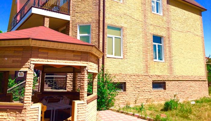 Здание реабилитационного наркологического центра «Решение» (Абакан)