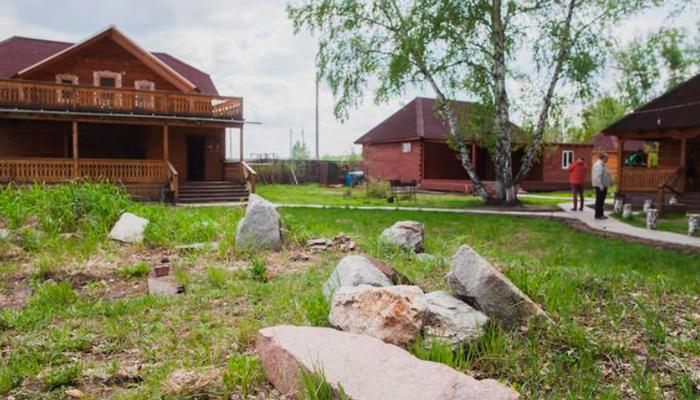 Территория реабилитационного наркологического центра «Горизонт» (Волгоград)