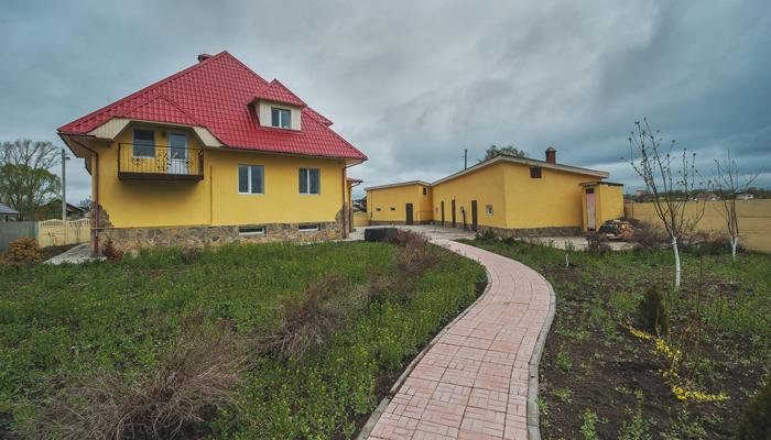 Территория реабилитационного наркологического центра «Инсайт» (Владивосток)