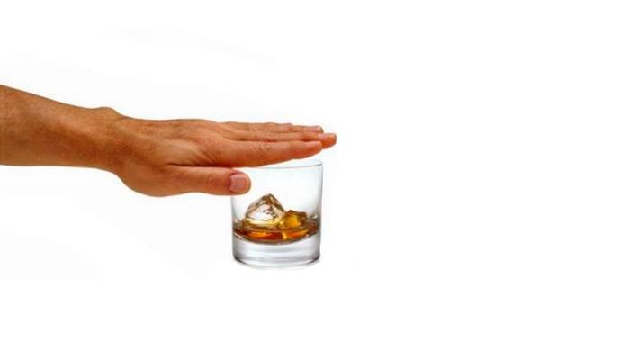 Полный отказ от спиртного, с целью вылечиться от деменции