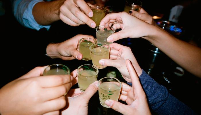 Очередное употребление спиртного при бытовом алкоголизме