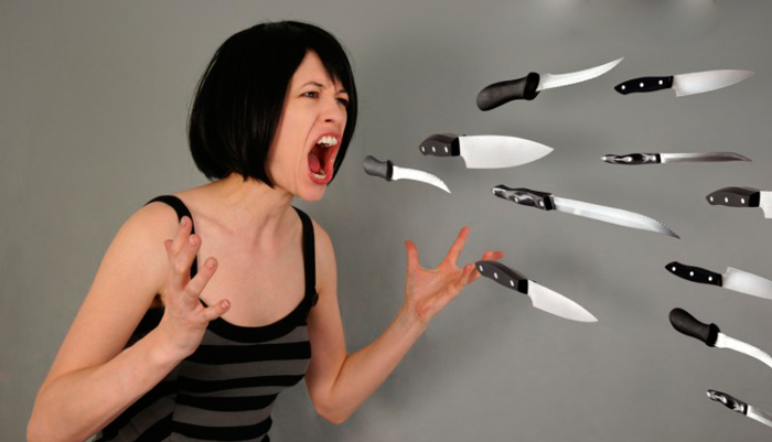 Агрессивное состояние у девушки страдающей пивной зависимостью