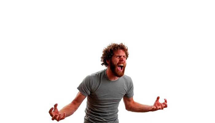 Состояние злости человека при абстинентном синдроме на 3-й стадии алкоголизма