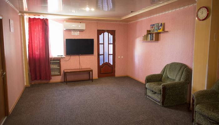 Зал для занятий в реабилитационном центре «Флагман» (Крым)