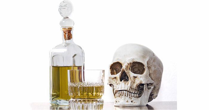 Злоупотребление алкоголем приводит к смерти