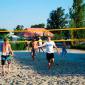 Игра постояльцев в волейбол в наркологическом центре «Первый Шаг» (Калуга)