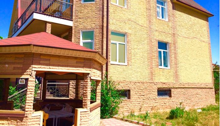 Здание наркологического центра «Решение» (Курган)