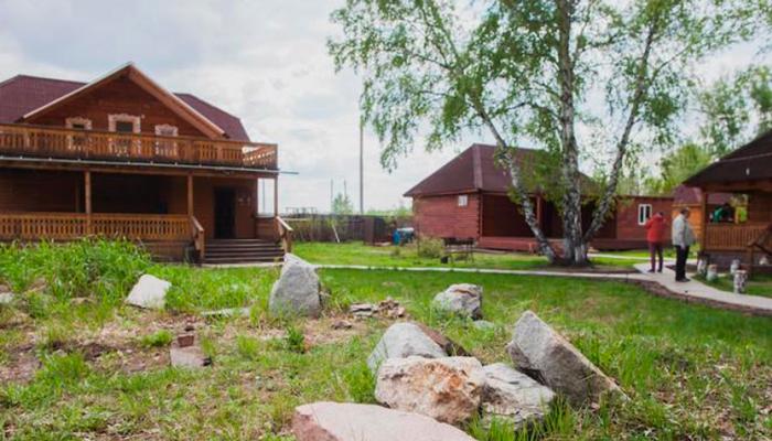 Территория реабилитационного наркологического центра «Горизонт» (Калининград)