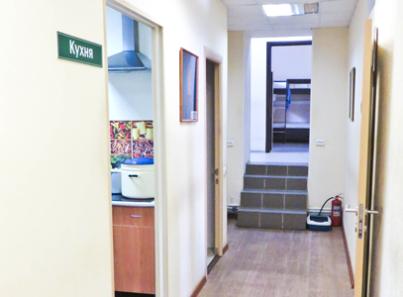 Кухня в реабилитационном центре для наркозависимых «Пирамида» (Ярославль)