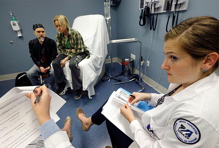 Медицинская помощь при зависимости от викодина