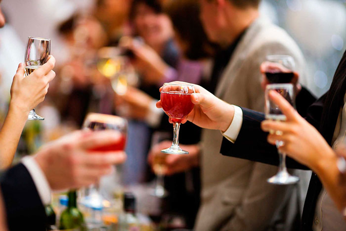Первая стадия алкоголизма - употребление по случаю