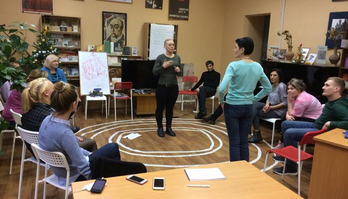 Групповые занятия постояльцев в реабилитационном центре «12 Шаг» (Ульяновск)