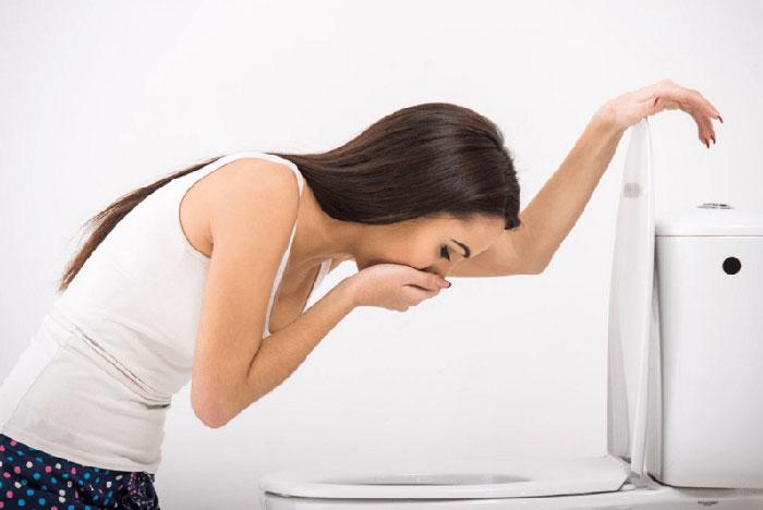 Азитромицин с алкоголем может привести к расстройству работы ЖКТ