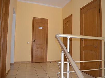 Коридор в реабилитационном центре «Парус» в Харькове