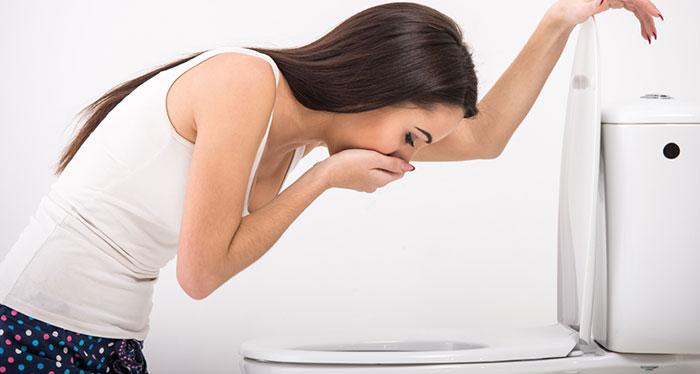 Совмещение алкоголя с препаратом Постинор также может вызвать ряд побочных эффектов