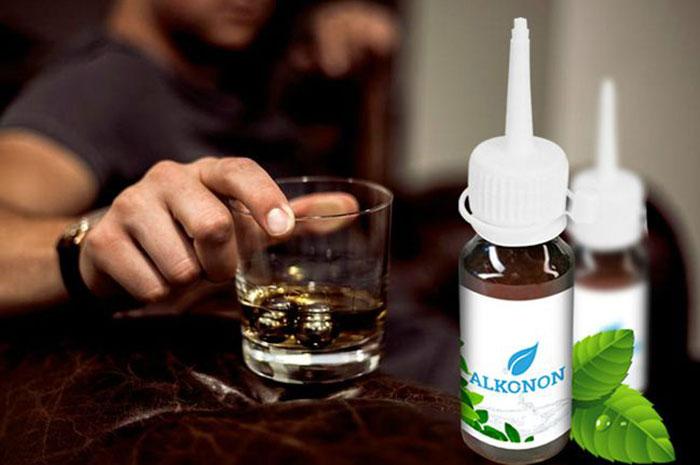 Алконон не только вырабатывает отвращение к алкоголю, но и укрепляет иммунитет