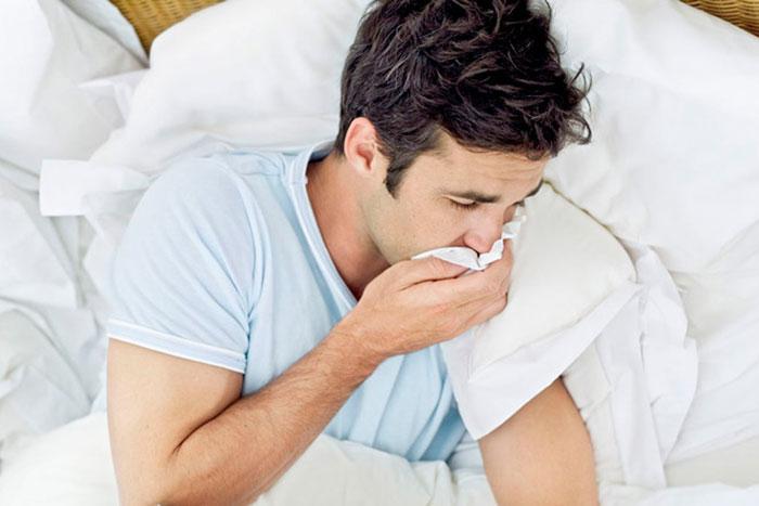 Тошнота и рвота - одни из немногих побочных эффектов Алковерина