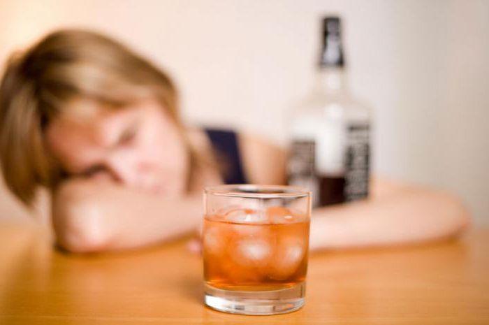 Употреблять алкоголь при приеме Спазмалгона врачи не рекомендуют