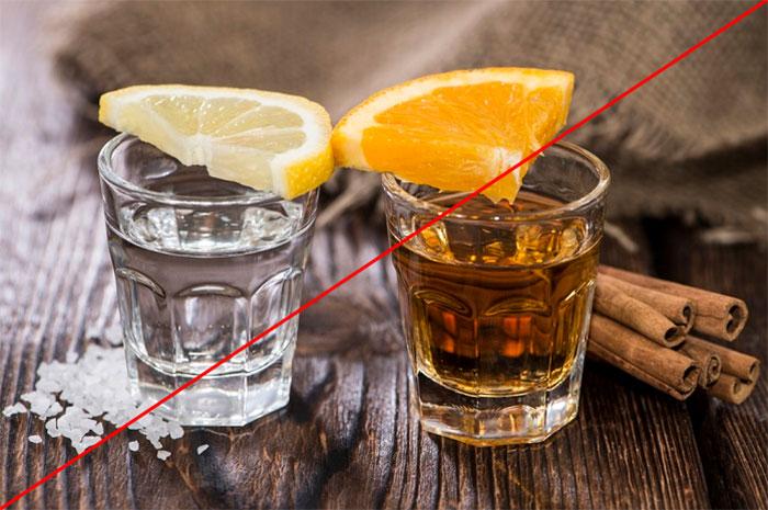Врачи рекомендуют исключить алкоголь на время приема препарата Артра
