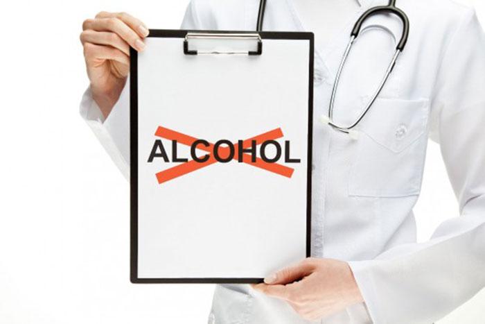 Специалисты категорично заявляют, что креатин и алкоголь несовместимы между собой