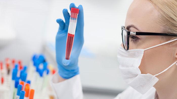 Тест на наличие кокаина в крови является более информативным