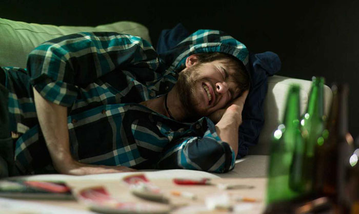 Совмещение Флюкостата и алкоголя может привести к усиленному проявлению побочных эффектов