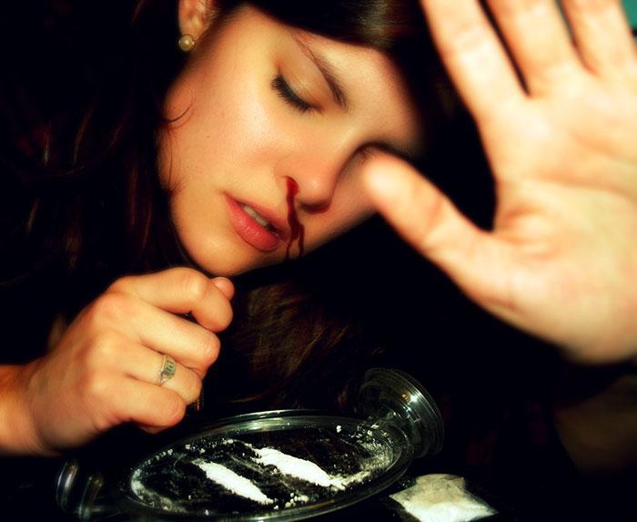 Накапливаясь в организме, кокаин наносит непоправимый, во многих случаях, эффект