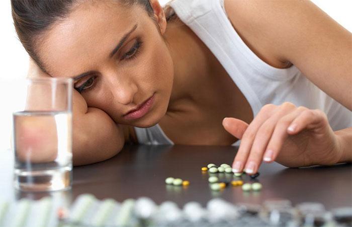 Алкоголь с антидепрессантами усугубляют эмоциональное состояние