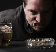 Агрессия при алкогольном опьянении: причины внезапных приступов
