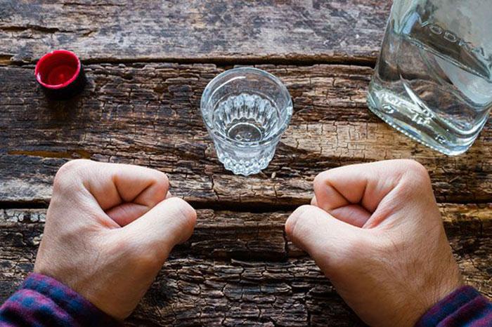 Мексидол рекомендуется принимать после выпитого для устранения проявления похмелья