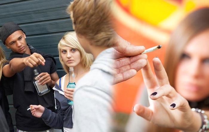 Больше всего так называемые лёгкие наркотики распространены среди молодёжи