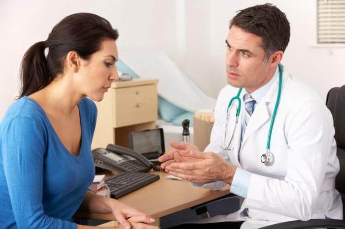 При возникновении каких либо побочных реакций при приёме Глицина следует в экстренном порядке обратиться к врачу