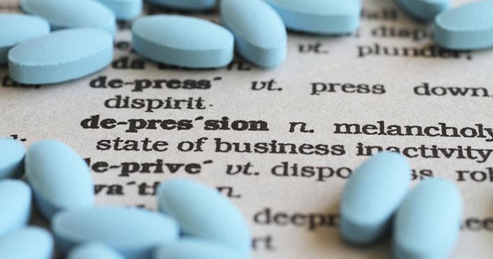 На фоне лечения депрессии стрессов может появиться зависимость от транквилизаторов