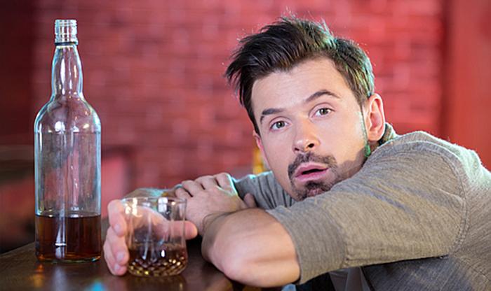 Сильная алкогольная интоксикация приводит к потери памяти