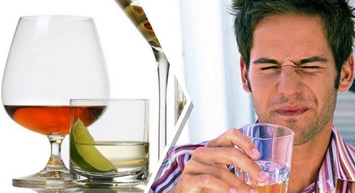 Икота при употреблении алкоголя происходит из-за токсического влияния на печень и увеличения её объёма