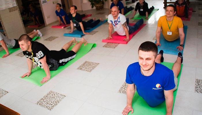 Спортивные занятия постояльцев в реабилитационном центре «Решение» (Липецк)