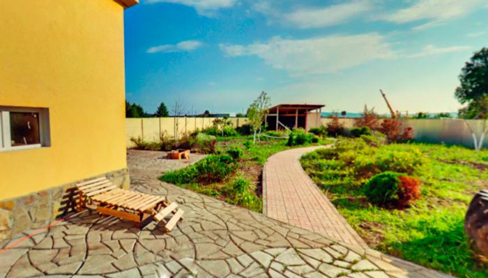 Территория реабилитационного центра «Инсайт» (Липецк)