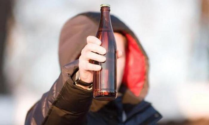 В Беларуси рассматривают увеличение возрастного ограничения на продажу пива до 21-го года