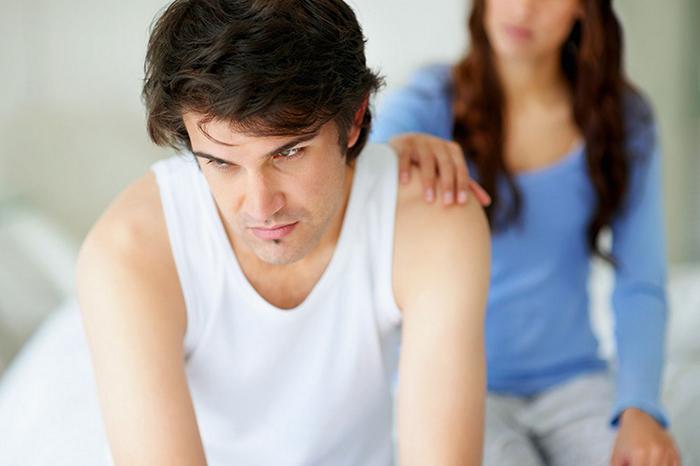 Заботливое и доверительное общение поможет уложить спать пьяного человека